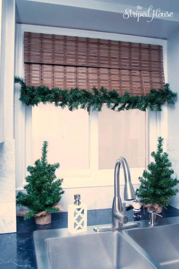 Christmas 2015 - Kitchen - The Striped House