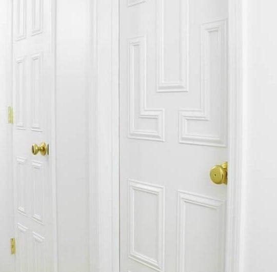 INTERIOR DOOR MAKEOVER USING MOULDING