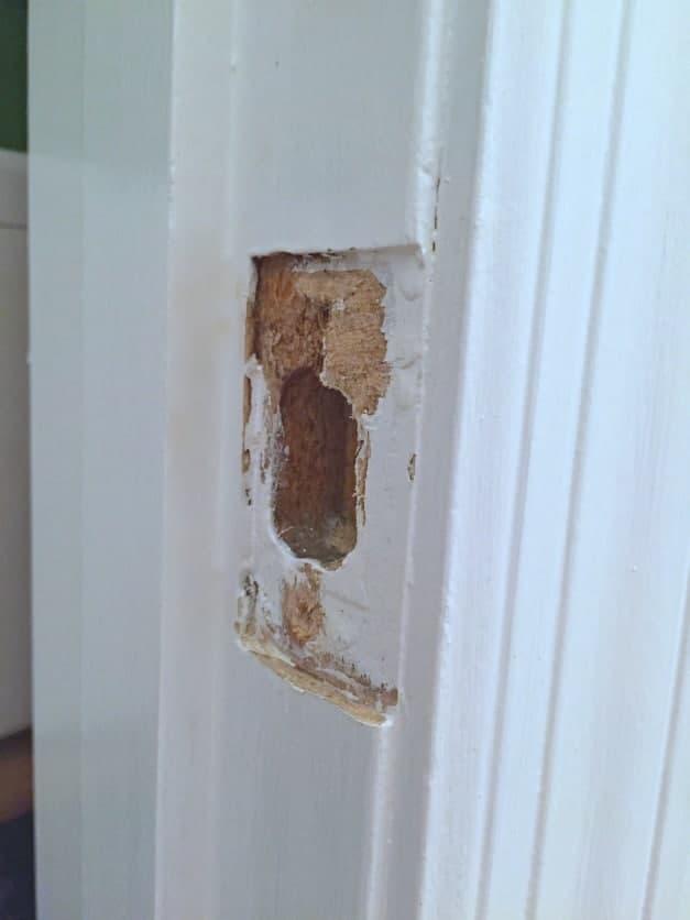 door-knobs-under-strike-plate