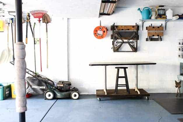 garage-makeover-rolling-table-one-room-challenge-the-striped-house