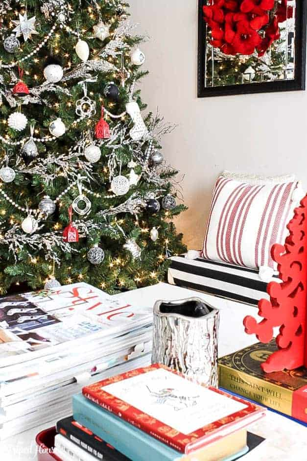 black-white-and-red-modern-traditiona-christmas-tree-coffee-table-the-striped-ouse