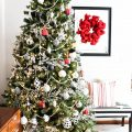 black-white-and-red-modern-traditional-christmas-tree-the-striped-ouse