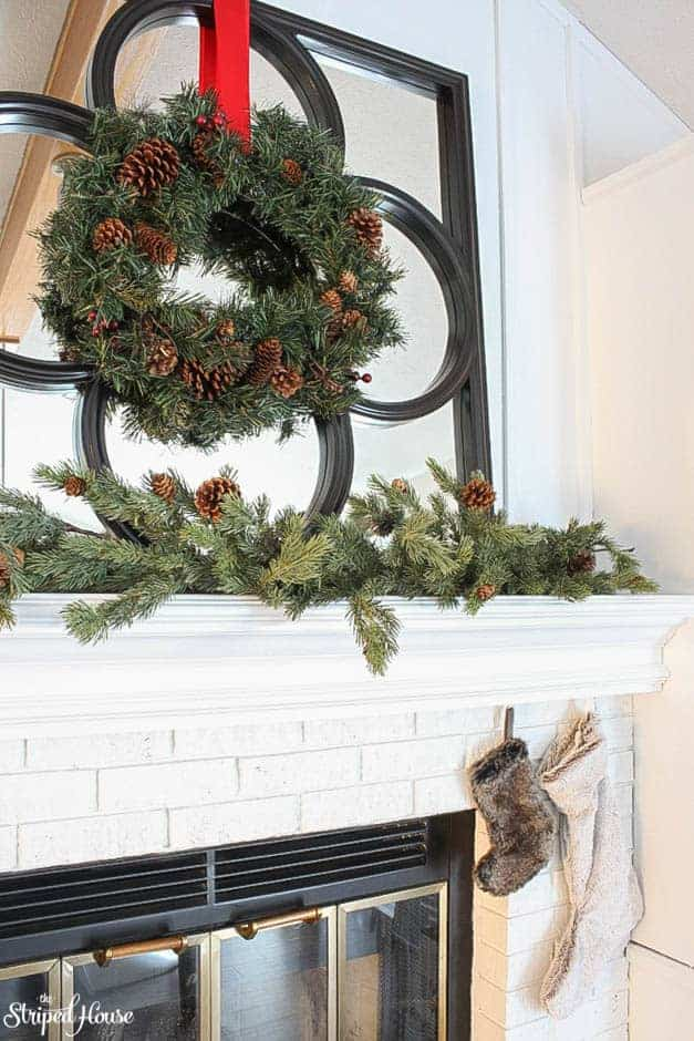 modern-traditional-scandinavian-christmas-home-fireplace-mantle