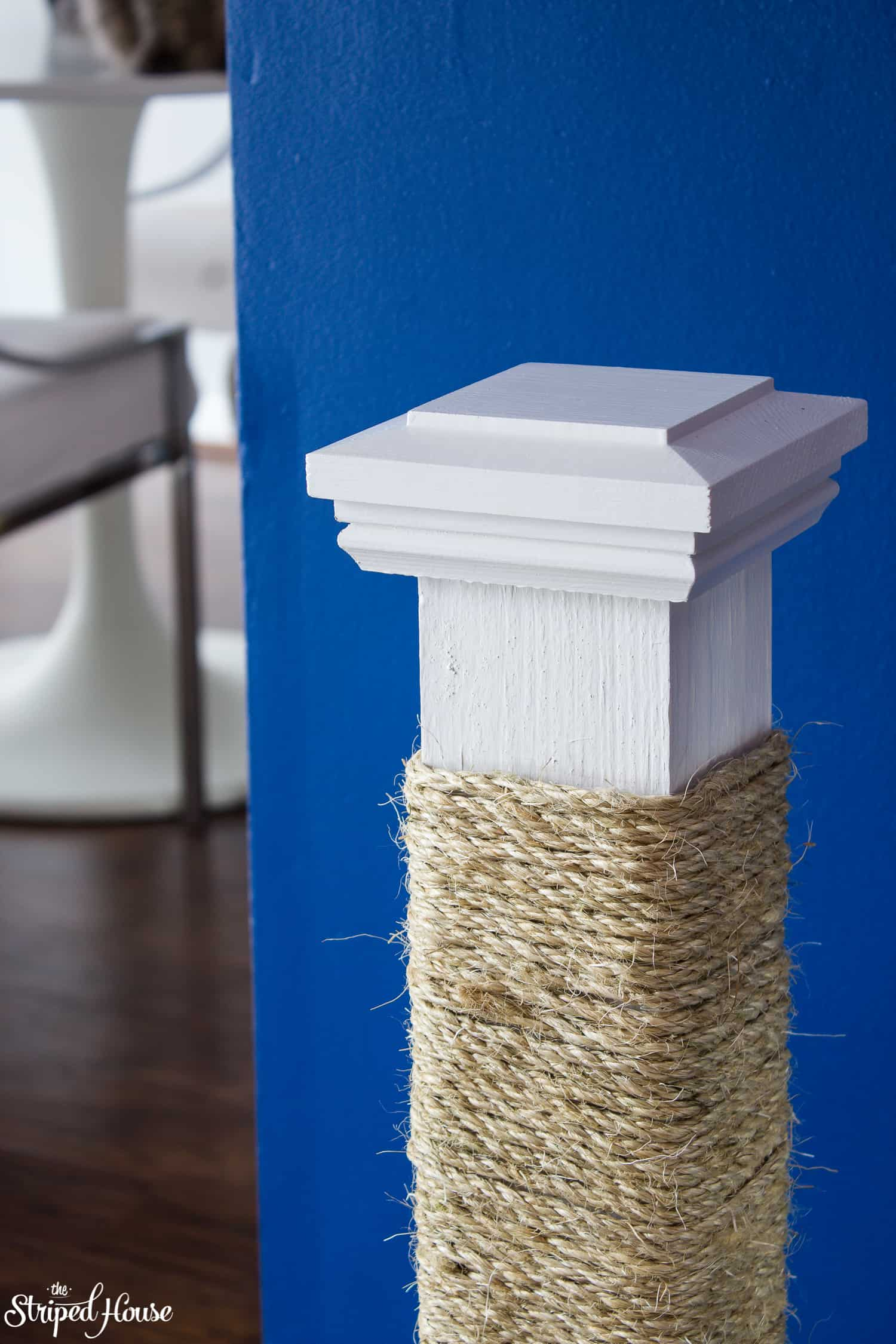 handmade stylish and durable cat scratching post diy