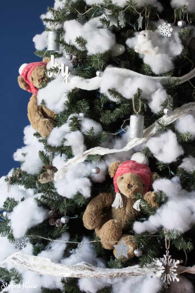 A fun winter Christmas tree perfect for teddy bear snow day! Winter themed woodland christmas
